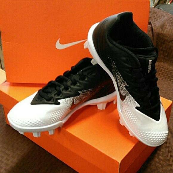 Nike Other - Boys baseball cleats